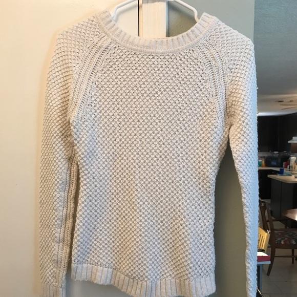 H&M Sweaters - H&M cream sweater size XS